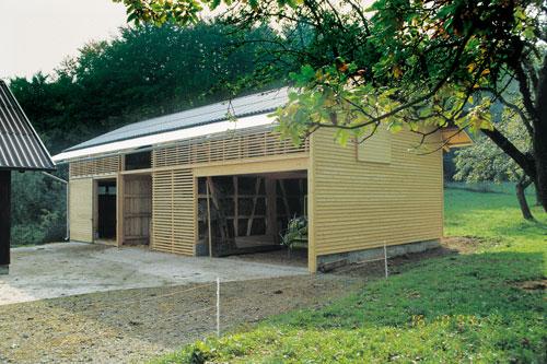 Massivholzhaus zur Lagerung und als Garage bestens geeignet